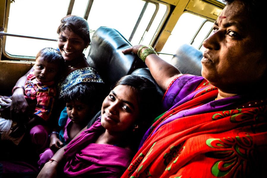 In autobus attraverso il Maharashtra (India 2015)